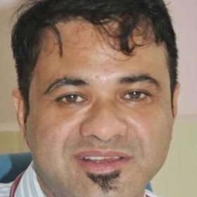 dr kafil khan
